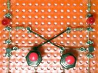 FlipFlop - bistabile Kippstufe auf Experimentierplatte